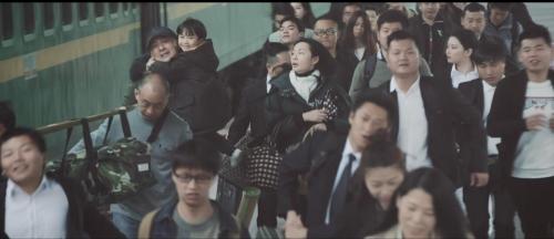 """欧派家居:业绩预增股接力上涨,春节短片《喊你回家》好评如潮"""""""