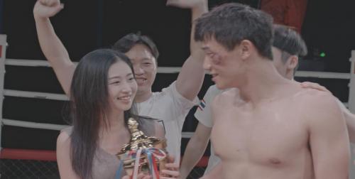 院线电影《铁拳雄心》定档5月10日全国火热上映