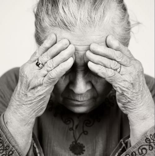 點贊祖國70華誕,愛爾大愛助72歲白內障老人成功復明