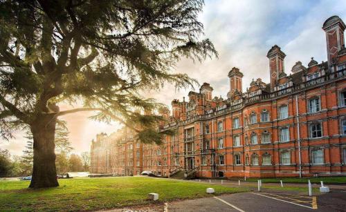 2020英国择校必读,教育部认可英国大学_贵州民族大学