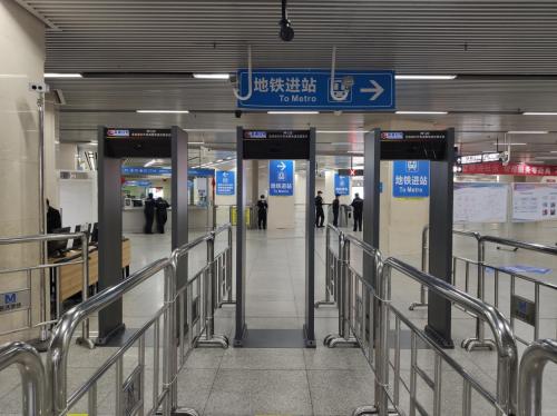 武汉地铁恢复运营,高德红外热成像测温全覆盖
