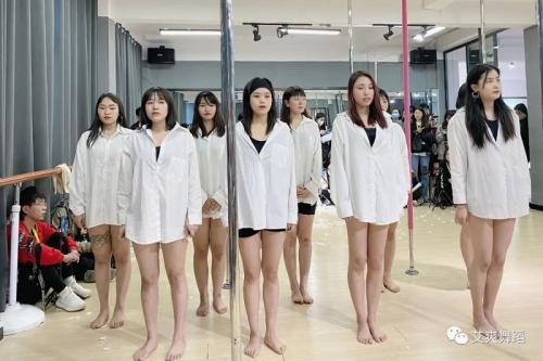 艾爽舞蹈2021年学员3月月考圆满结束,创业之路艾爽起步
