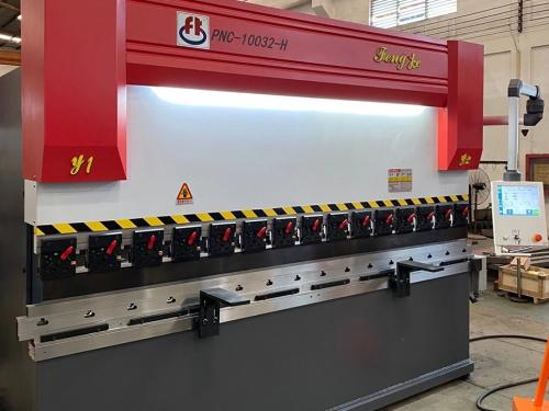 丰科机械打造爆款产品第五代折弯机 备战DME东莞国际机床展