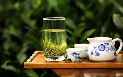 一杯绿茶.jpg