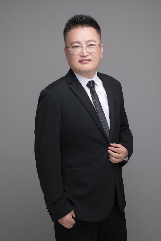 脑科学研究领域的专家杨永利博士研发的脑波减肥枕,让你躺着就能瘦