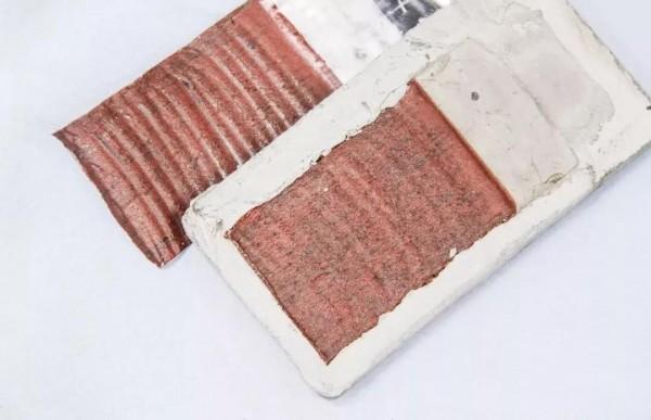 非沥青的高分子树脂胶层.jpg