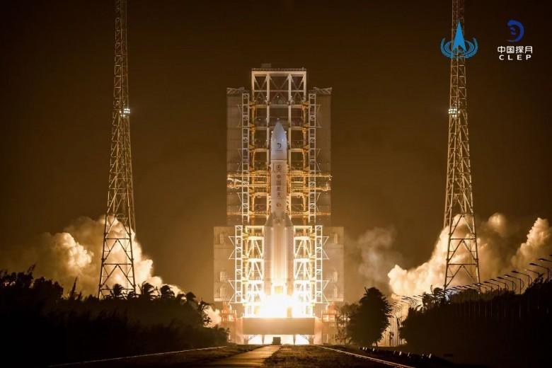 自主品牌绽放高光时刻 宇通为嫦娥五号发射助威