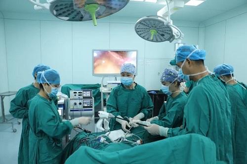 重建盆底!前海人寿广州总医院妇科成功开展首例腹腔镜下子宫骶骨固定术